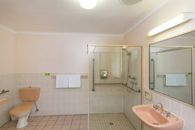 Accessible Friendly Room at Golden Square Motor Inn